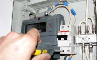 Сколько проводов можно подключить к автомату