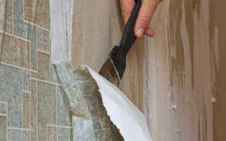 Как быстро ободрать старые обои со стен?